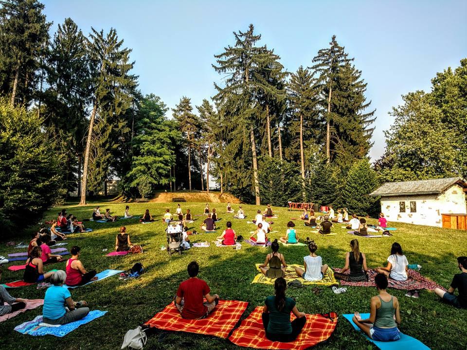 lezioni yoga brianza